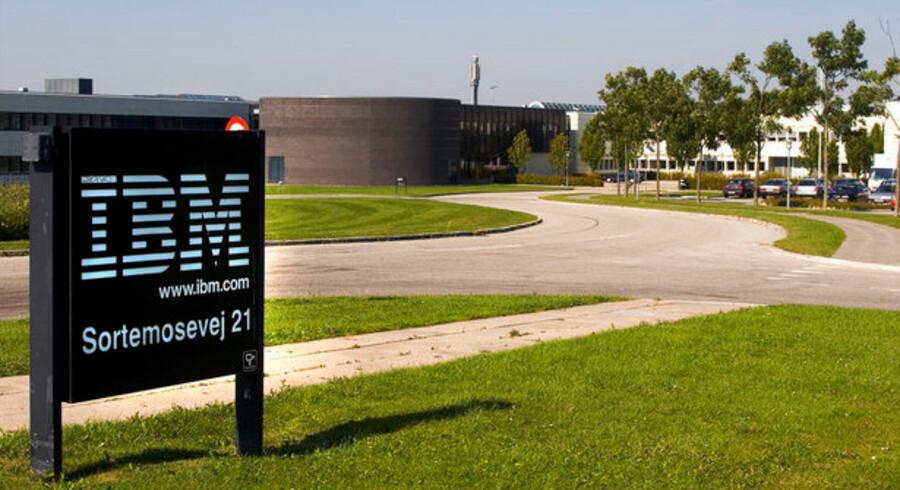 IT-giganten IBM i Danmark er ude i stormvejr - selv om der her er solskin over hovedsædet i Allerød. Foto: Torben Christensen, Scanpix