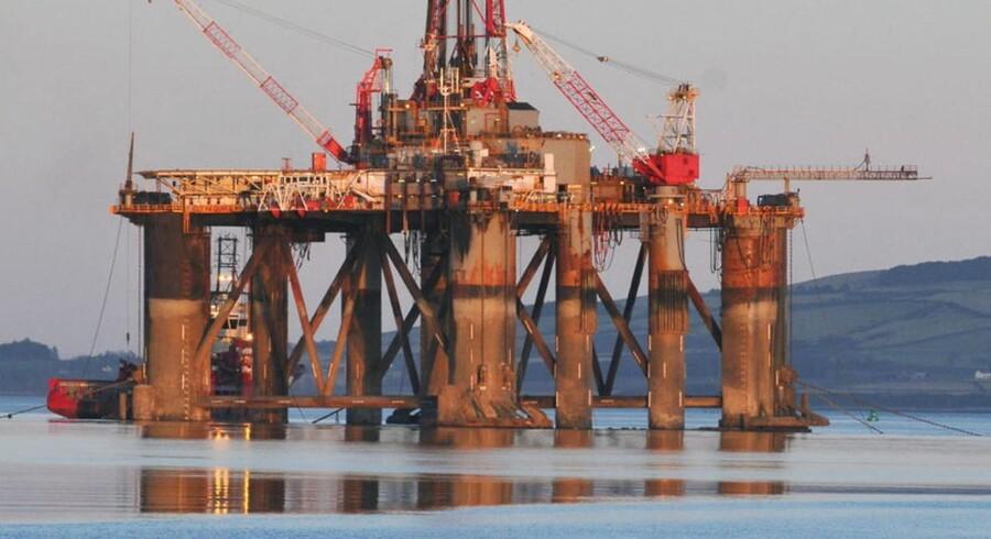 I dag kommer Atlantic Petroleum med regnskab for 3. kvartal. Det lille færøske olieselskab, der investerer i olielicenser i Nordsøen, er presset af den lave oliepris.