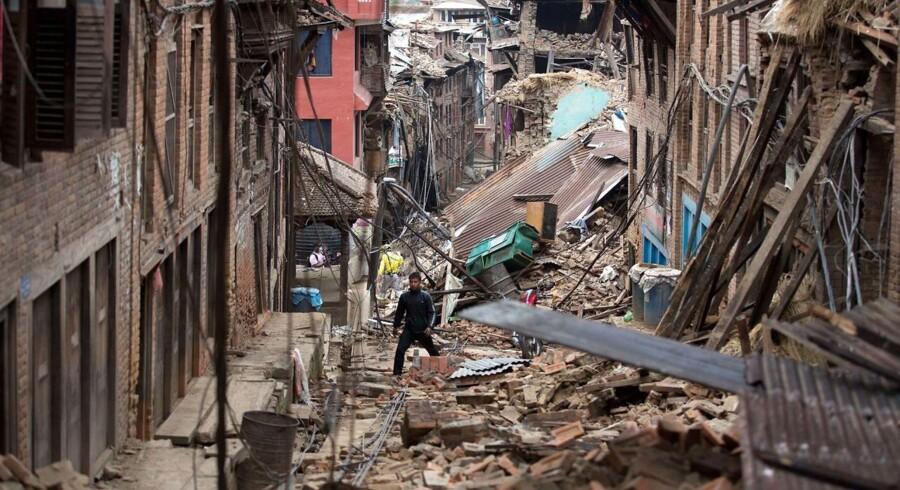 Listen over danskere, der ikke er hørt fra efter lørdagens jordskælv i Nepal, er nu nede på syv personer.