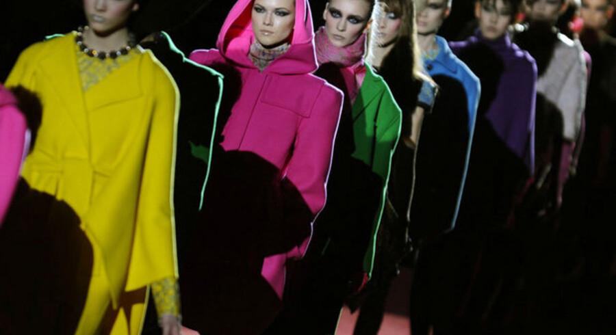 Modeller med tøj fra designeren Marc Jacobs.
