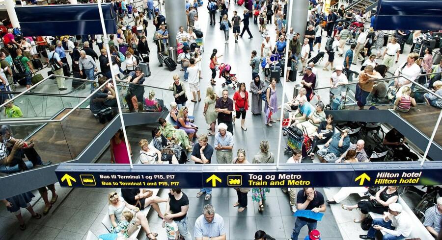 Knap 14,2 millioner passagerer rejste sidste år med fly fra landets lufthavne.