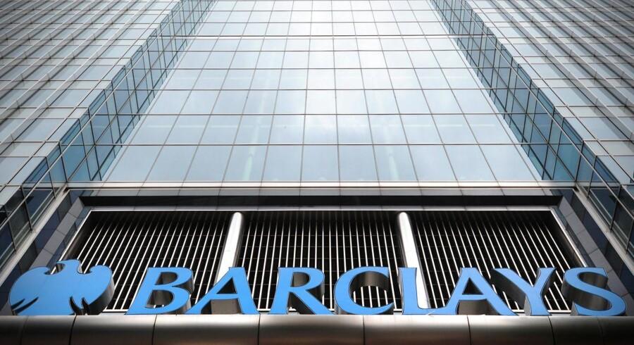 Ud over RBS er også Barclays og schweiziske UBS blevet idømt store bøder i skandalen. Størst var bøden til UBS, der måtte betale 1,5 mia. dollar, mens Barclays har betalt 290 mio. pund.