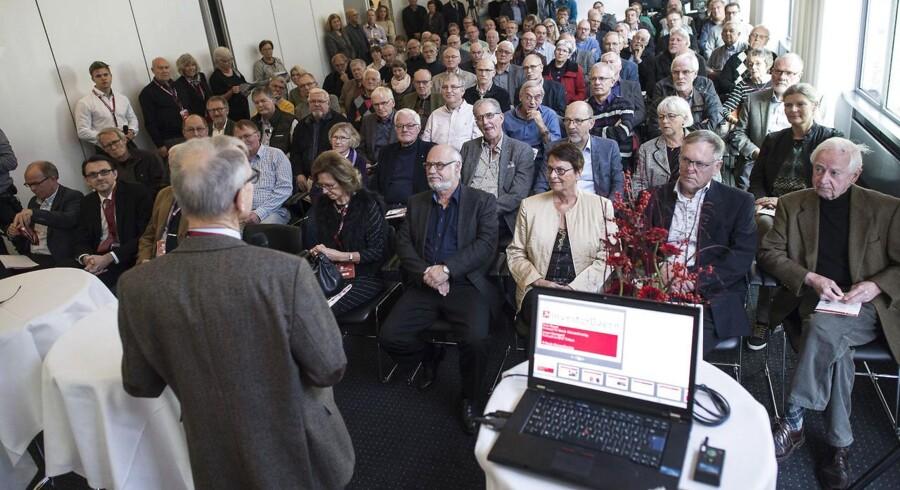 Dansk Aktionærforening har lørdag rundet henvendelse nummer 5.000 fra OW Bunkers i alt 20.000 aktionærer. De vil søge erstatning.
