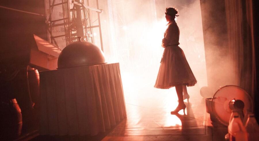 """Kom med til prøverne på Fredericia Teaters sommersatsning, Disney-musicalen """"Den Lille Havfrue"""", der har premiere den 17. juli i Operaen på Holmen i København."""