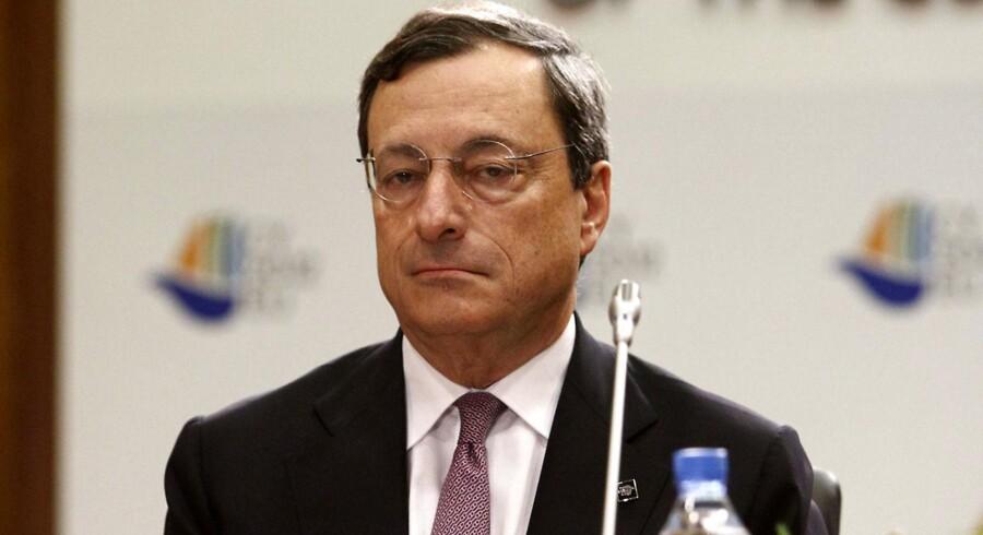 Den Europæiske Centralbankschef, Mario Dragi venter på et opkald fra Madrid.