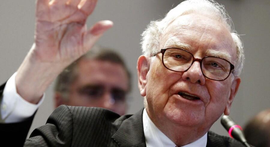 Warren E. Buffett, der er verdens tredjerigeste mand, vurderes at være god for 272 milliarder kroner.