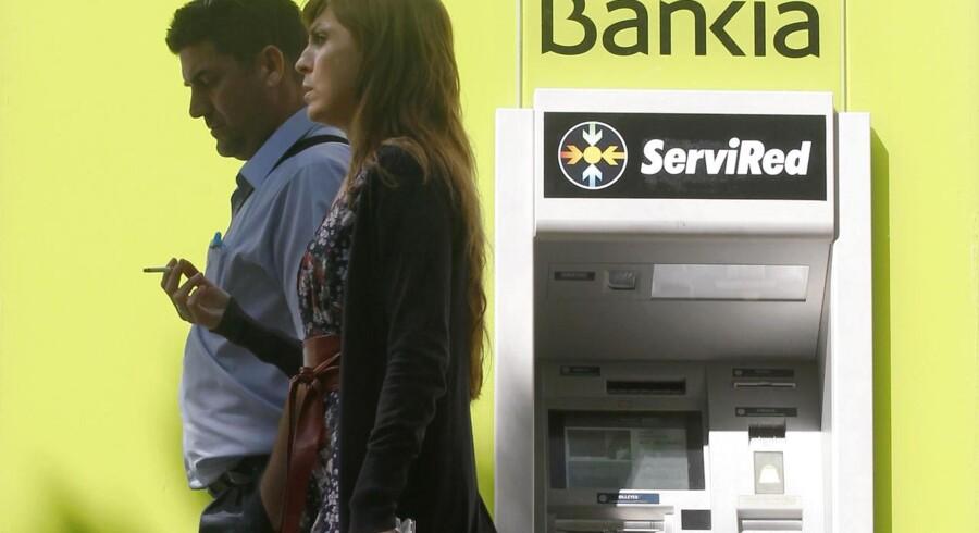 Værst ser det ud for Bankia, mens de tre største spanske banker klarer sig ved egen hjælp, viser en stresstest.