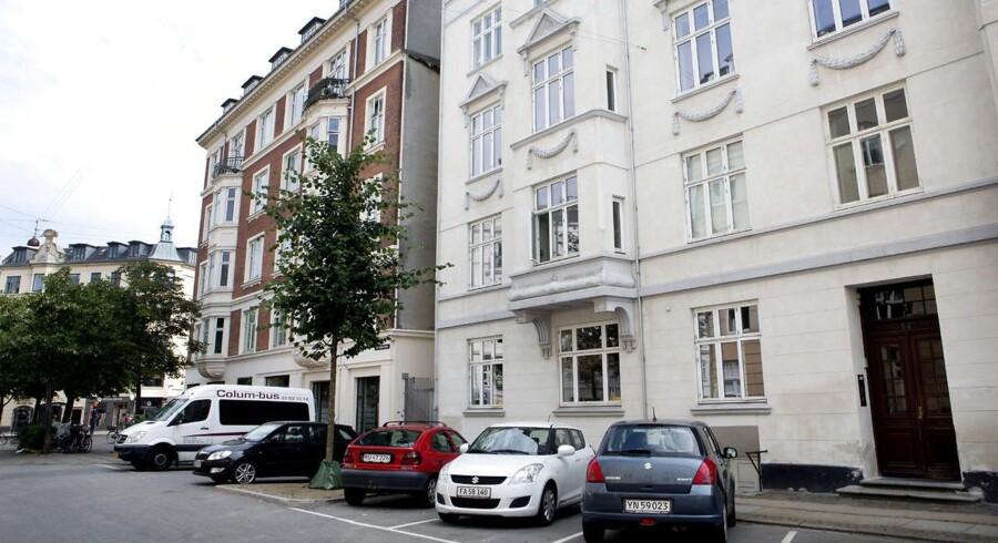 Boligpriserne i Region Hovedstaden er det seneste år steget så kraftigt, at en gennemsnitlig lejlighed på 80 kvadratmeter er steget med 200.000 kr. i pris.