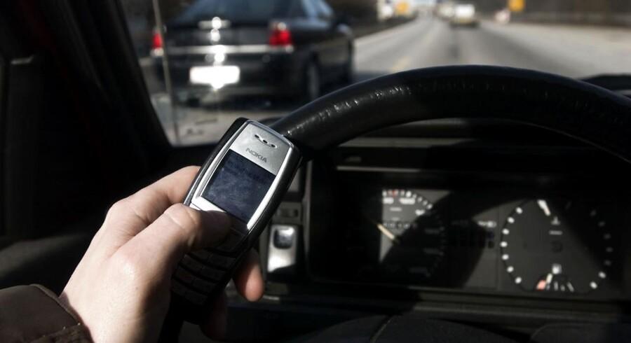 Landsdækkende razzia går efter sele- og mobilsyndere i trafikken