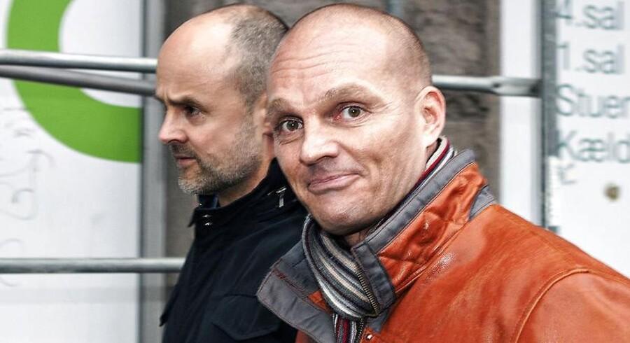 En af danmarkshistoriens største svindlere, Stein Bagger, er for få dage siden blevet prøveløsladt efter godt fem års fængsel.