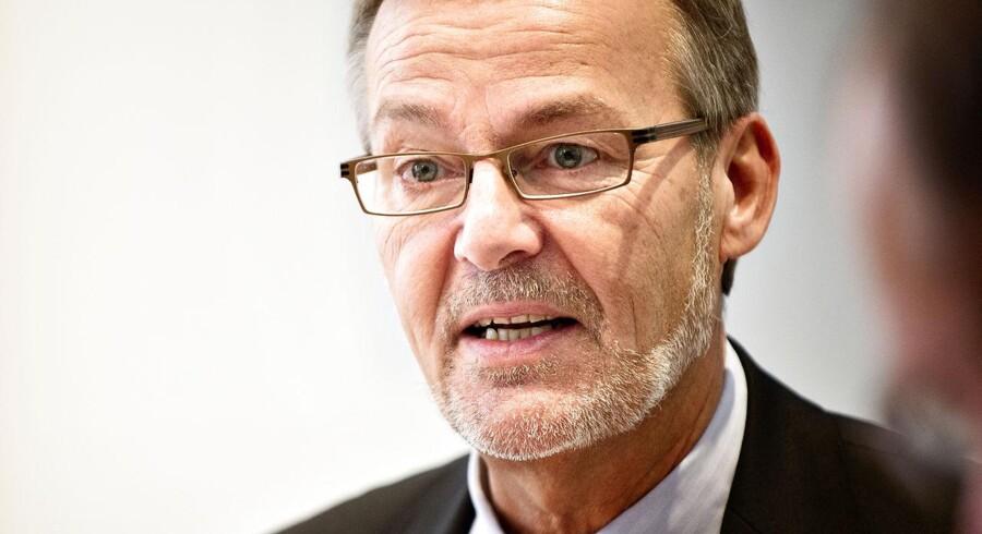 Tidligere erhvervsminister Ole Sohn støtter et konservativt forslag om at skabe vækst ved at sætte momsen ned for hotel- og restaurationsbranchen.