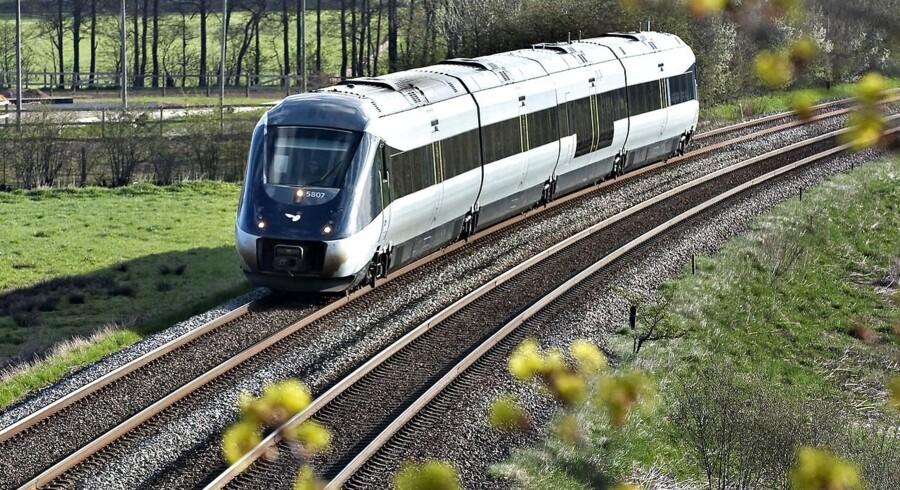 Nu er de stærkt forsinkede IC4-tog ved at være kommet til Danmark. Om de er køreklare, er en anden sag.