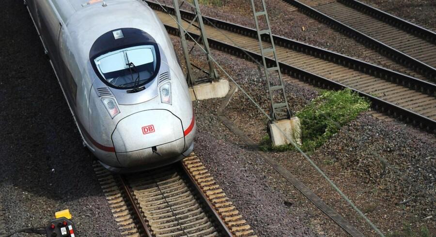 Tyskland har allerede den nødvendige højhastighedstog-teknologi. Her ses Velaro ICE-toget, der kan køre 400 km/t.