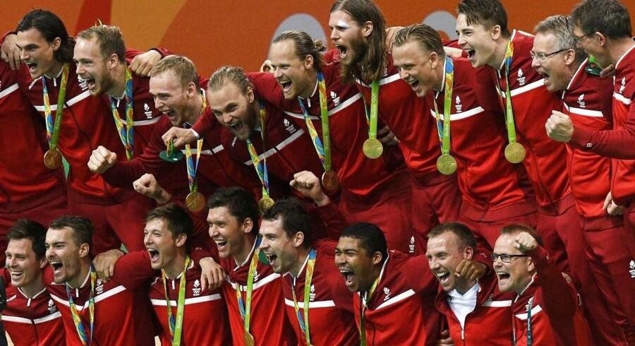 De danske håndboldherrer har for første gang nogensinde fået en medalje ved OL. Men de og de øvrige medaljetagere kommer ikke til at blive fejret på Rådhuspladsen eller ved en bustur gennem København.