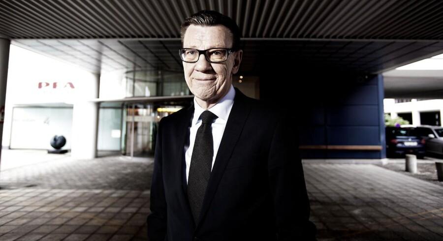 PFA med koncernchef Henrik Heideby i spidsen dropper søgsmål mod Økonomisk Ugebrev og tager i stedet sagen i Pressenævnet.