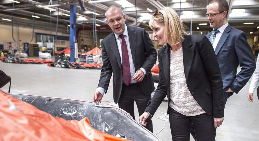 Christel Schaldemose vil sammen med de andre danske socialdemokrater i Europa-Parlamentet anerkende Palæstina som stat. Her ses hun sammen med finansminister Bjarne Corydon (tv).