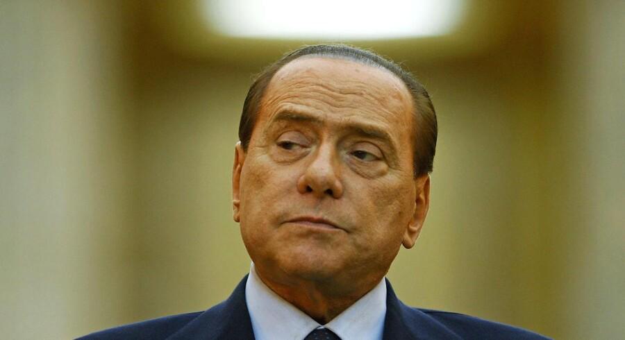 Berlusconi er anklaget for at betale for sex med en mindreårig og for magtmisbrug.