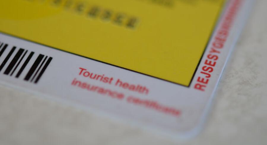 I regeringens finanslovsforslag lægges op til, at den offentlige rejsesygesikring helt falder bort.