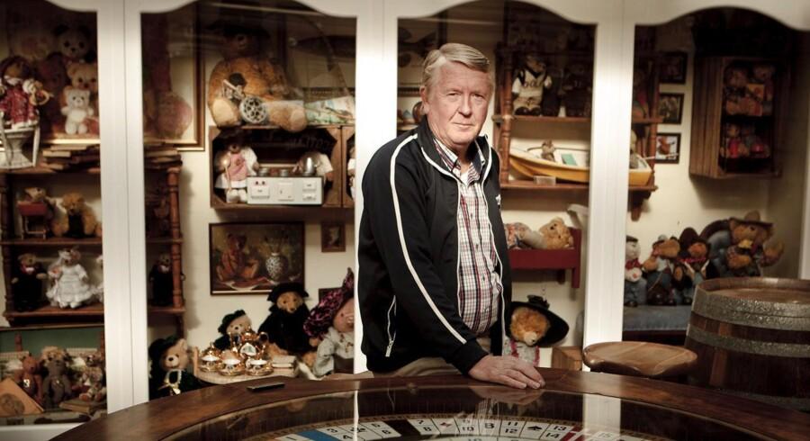 """Torben """"Træsko"""" Pedersen ejer 19 forretninger på Bakken. Her er han fotograferet i restauranten 25'eren."""