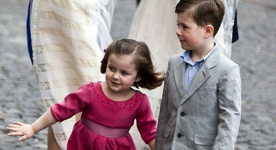 I 2010 var det mest populære pigenavn Isabella, som kronprinsparrets ældste datter. Det mest anvendte drengenavn lugter også af kongehus, det er nemlig William. Christian ligger ikke i top ti.