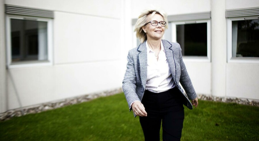 Coloplasts finansdirektør Lene Skole er en af de højestlønnede kvinder i dansk erhvervsliv. Nu har hun også hentet en fin gevinst på at købe og sælge Coloplast-aktier.