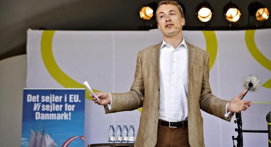 Dansk Folkeparti med Morten Messerschmidt (billedet) og Bent Bøgsted i spidsen, argumenterer for at indføre et begrænset kædeansvar.