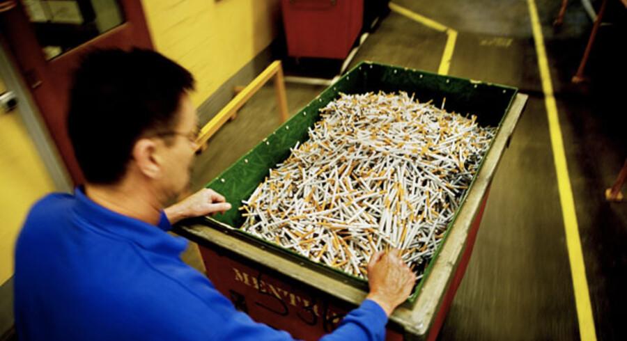 Kampen om tobaksmillionerne efter salget af House of Prince raser videre i Færch-familien.