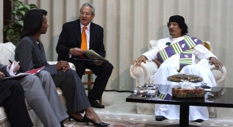 Muammar Gaddafi mødes med USAs daværende udenrigsminister, Condoleezza Rice, i Tripoli i september 2008. Arkivfoto: Reuters/Scanpix