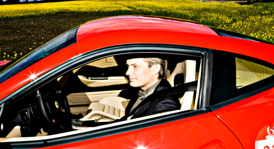 Magasiner og dyre biler. Johnny Laursen ligger nummer 26 på listen over Danmarks milliardærboblere.