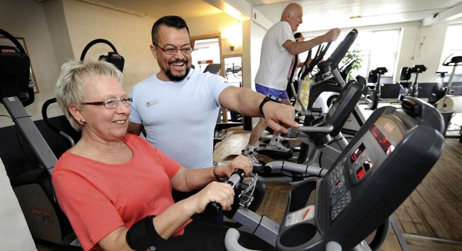 Ansatte med stillesiddende arbejde kan tjene mest på at være fysisk aktive i fritiden, viser forskningen. Arkivfoto