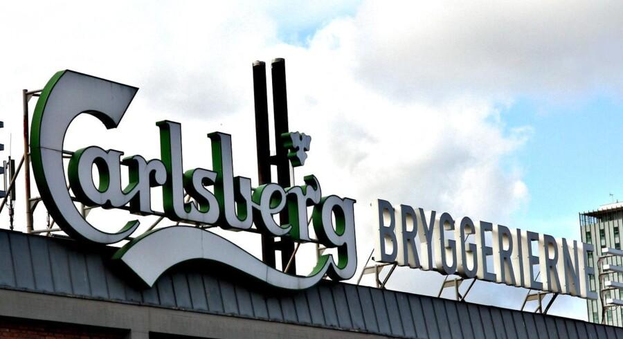 De lavere råvarepriser ventes at slå igennem i bryggerisektorens regnskaber i løbet af 2014, skriver Nomura. For Carlsberg kan prisfaldene dog begynde at vise sig tidligere.