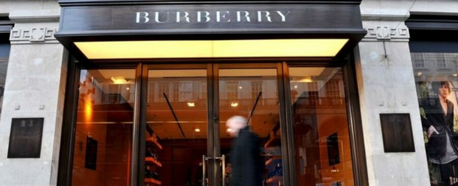 Burberry er på Deutsche Börs's luksusindeks, der er steget 18 procent den sidste måned.