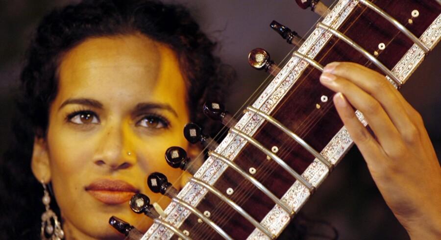 Den indiske sitarspiller Anoushka Shankar. Foto: Tekee Tanwar