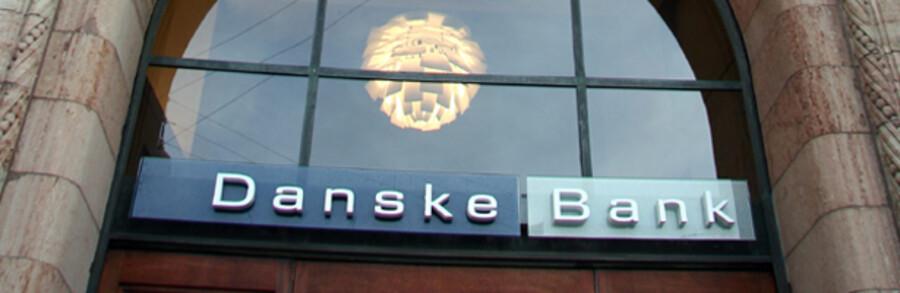 Dagen efter Stein Baggers  millionfup kom frem i lyset  hævede Danske Bank  over én million norske  kroner fra det  norske datterselskab.
