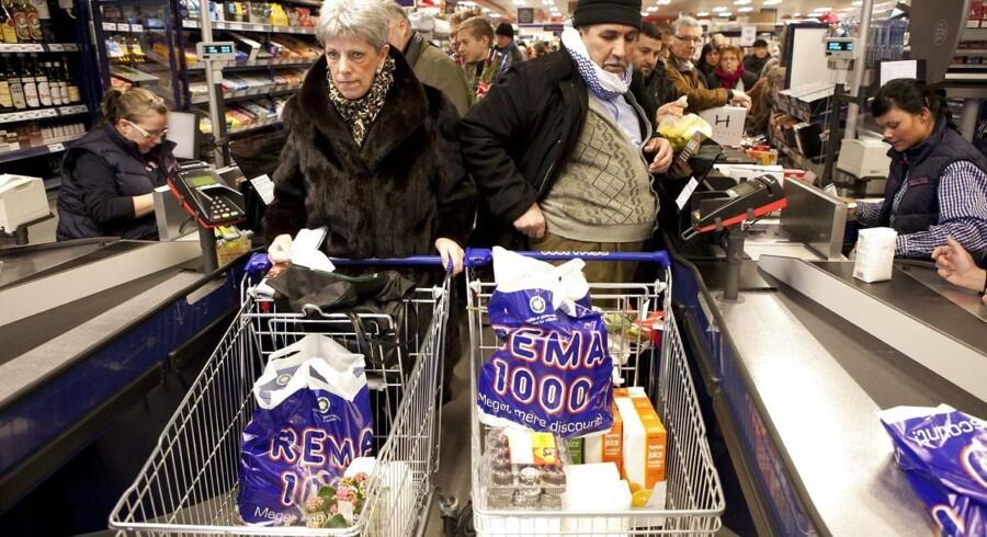Rema 1000, Fakta og andre discountbutikker har hævet priserne på fødevarer mere end andre supermarkeder.