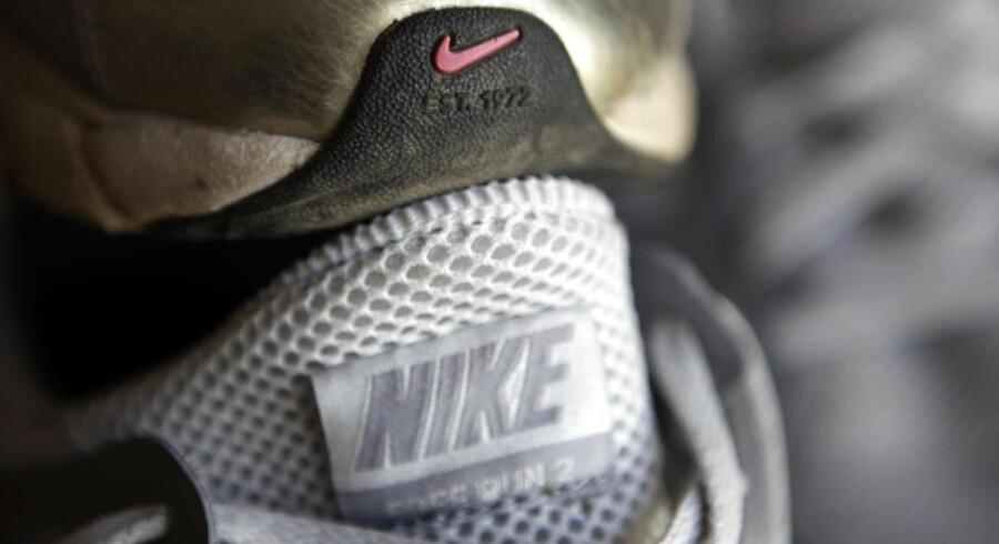 Flere og flere producenter begynder at lave minimale løbesko, hvor næsten alt det ekstra, som støttepuder, er taget ud til fordel for en lettere sko og et mere naturligt løb.