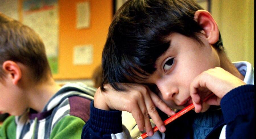 En længere skoledag gør ikke i sig selv vores børn klogere. Derimod er kvaliteten af undervisningen afgørende for deres faglige udvikling, lyder det fra tre lærere, som langtfra er fans af tanken om, at alle skoler skal væreheldagsskoler. Arkivfoto: Henrik Ole Jensen