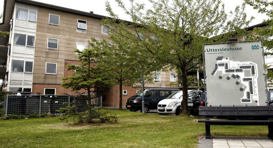 Utterslev Huse i Brønshøj er måske ved at ryge af minister for by, bolig og landdistrikter, Carsten Hansens ghettoliste.
