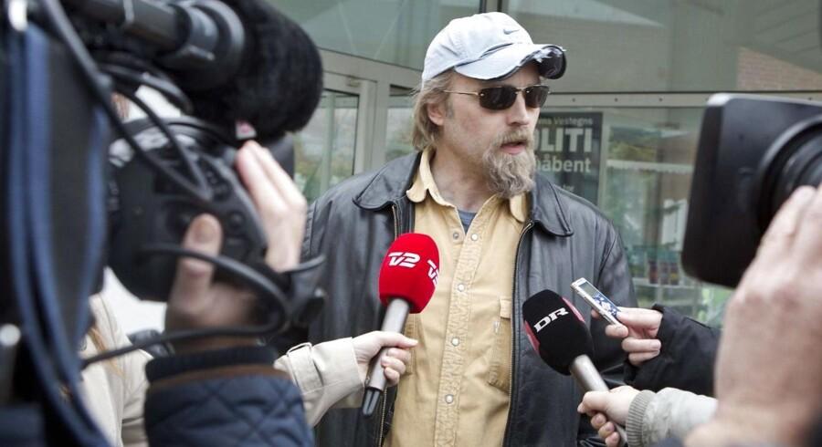 Ken B Rasmussen mener, at Henrik Qvortrup lyver.