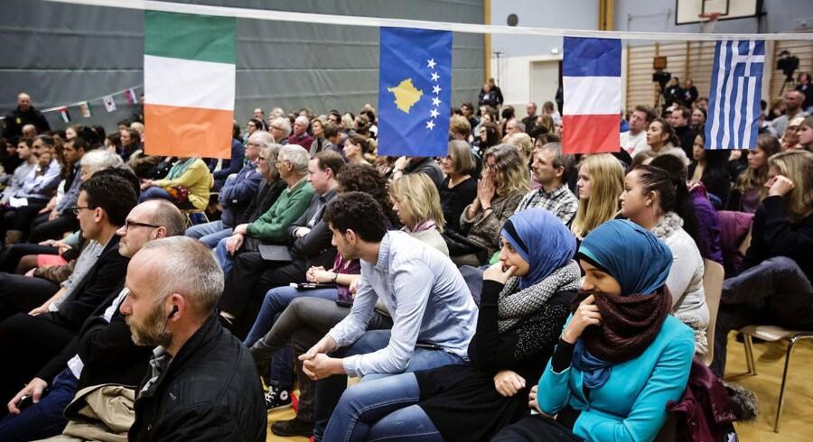 200 gæster måtte kropsvisiteres, før det længe ventede arrangement i Vollsmose i Odense med den kontroversielle digter Yahya Hassan.