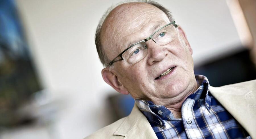 """I biografien """"Arvtageren"""" lægger Niels Due Jensen, som i dag er formand for Grundfos majoritetsejer, Poul Due Jensens Fond ikke skjul på, at han gerne så sin søn i Grundfos' ledelse - men kun, understreger han i bogen, hvis sønnen findes kompetent til jobbet."""