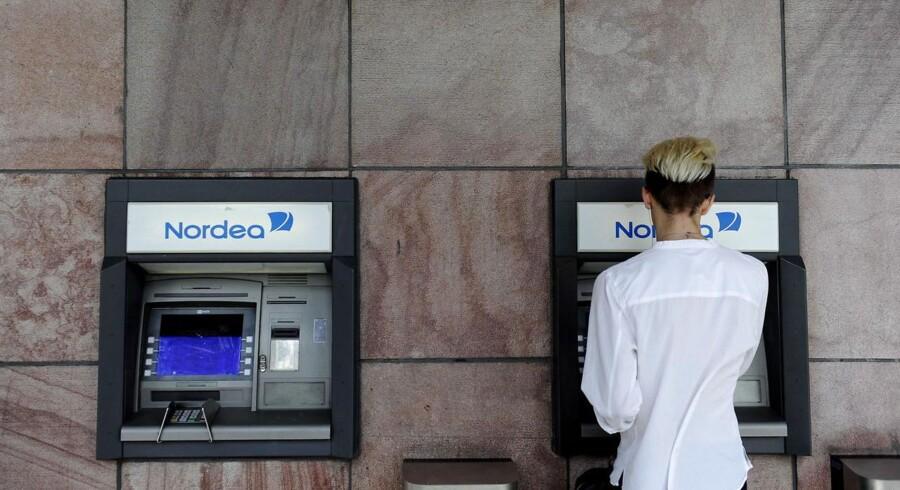 Nordea har fået flere kunder i butikken, og er nu også blevet kåret til Årets Bank i Vesteuropa.