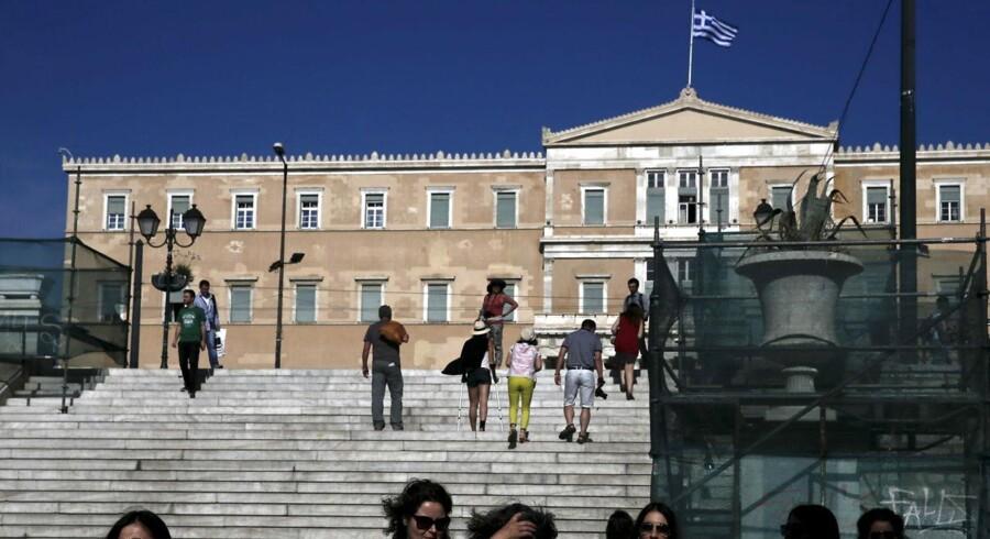 Den økonomiske vækst i Grækenland vil 2015 være svag, da manglende vilje til reformer og en utæt statskasse har undermineret forretningsklimaet og tilliden.