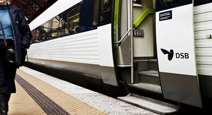 Hvis man ikke selv kan komme op i et tog uden lav indstigning, kan DSB hjælpe. Man skal bare ringe en dag i forvejen.
