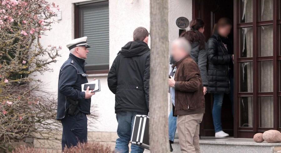Torsdag aften er de tyske myndigheder i færd med at ransage flere adresser i Tyskland, heriblandt den tyske by Düsseldorf, hvor piloten Andreas Lubitz' boede.