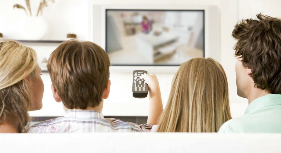 De danske TV-signaler blev ændret i januar til den nye MPEG4-teknologi, som kan levere flere TV-kanaler i bedre kvalitet på samme plads. Men alle ældre TV-apparater fik et problem. Foto: Iris/Scanpix