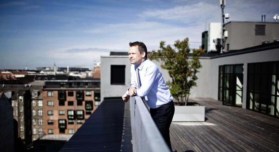Ulrik Nødgaard, direktør i Finanstilsynet advarer mod for stor risikoappetit, mens virksomhederne klager over for stram adgang til kredit.