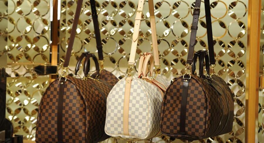 LMVH står bag luksusmærker som blandt andet Louis Vuitton, Fendi og Donna Karan.