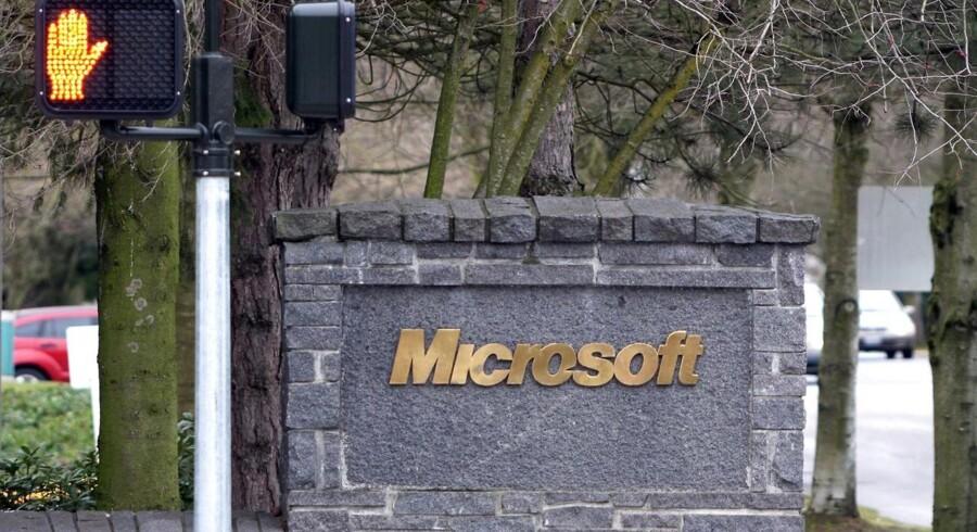 Microsoft har fyret en medarbejder i finansafdelingen, efter at han er sigtet i en sag om insiderhandel. Arkivfoto: Dan Levine, EPA/Scanpix