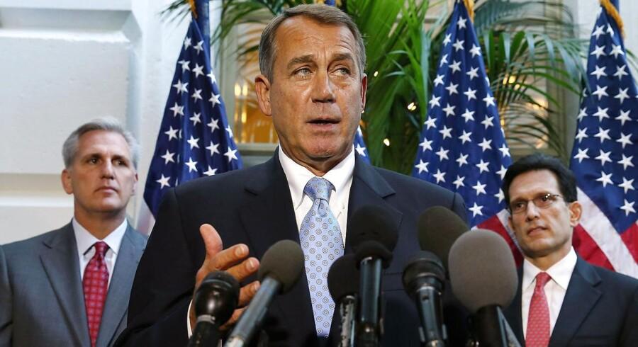 Er Republikanernes leder i Repræsentanternes Hus, John Boehner, så stort et fæhoved, som mange er begyndt at tro, spørger Berlingskes korrespondent i sin dagbog.